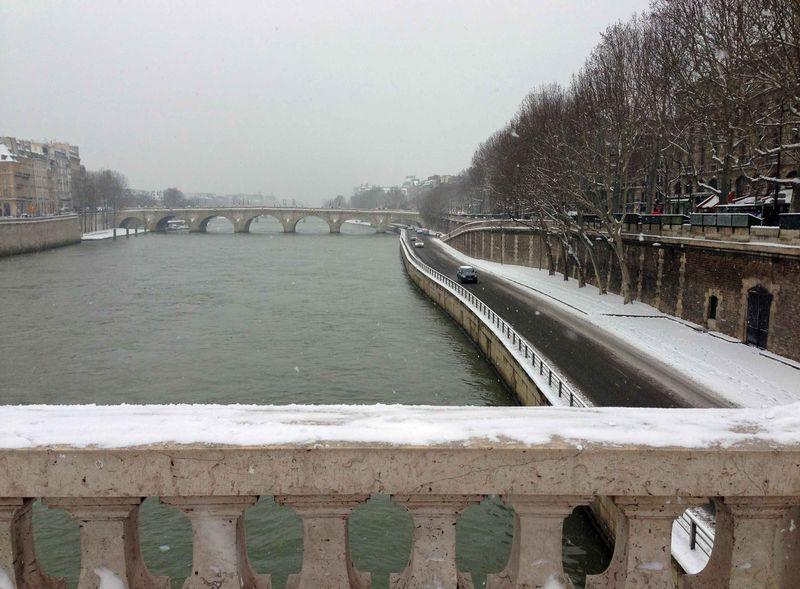 Seine Snow 1